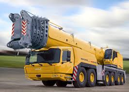 450 Ton Crane Facing Left